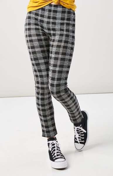 Juniors Pants
